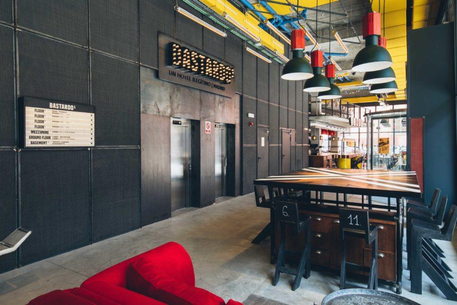 Bastardo hostel hall Madrid | Bastardo hostel Madrid hall