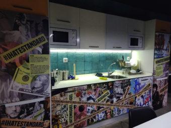 cocina hostel malasaña