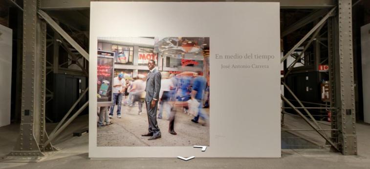 """Exposición fotográfica """"En medio del tiempo""""."""